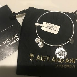 NWT Alex and Ani Tampa Bay Buccaneer Bracelet